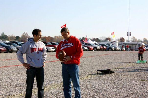 Mario Randy Football IU