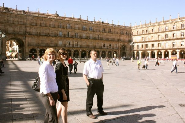 Kaley Mom Dad Plaza Mayor