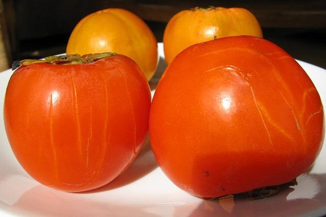 800px-Diospiros_kaki_Fruit_IMG_5465s