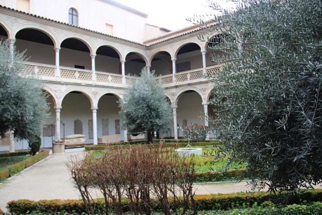 Santa Cruz Museum Toledo / Museo de Santa Cruz Toledo