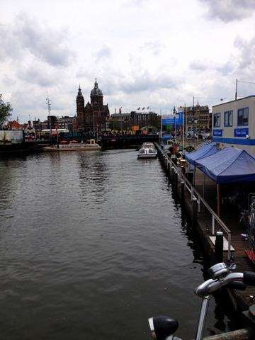 Canals Centraal Station Amsterdam