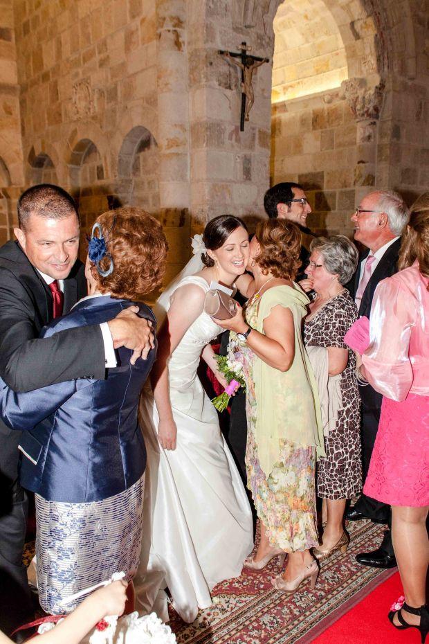 Dos Besos Spanish Wedding